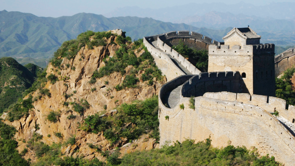 The Great Wall of China - Most Popular Tourist Attractions in the World